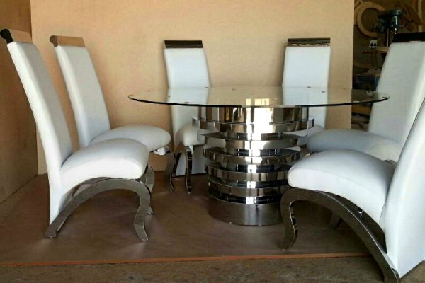 cone-dining-table